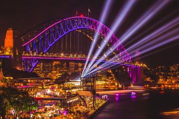 Foto op Canvas Sydney Sydney Harbour Bridge Vivid