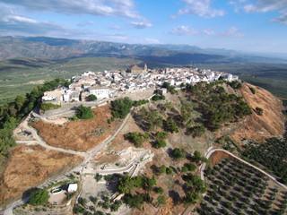 Campos de olivos en Iznatoraf,pueblo historico de Jaén, Andalucía (España) junto a Villanueva del Arzobispo, en la comarca de las Villas.