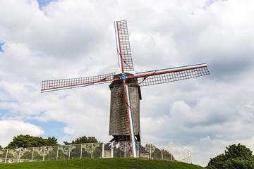 Foto op Canvas Molens Walk of the mills of Kruisvest in Bruges, Belgium