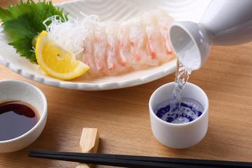 日本酒と鯛の刺身