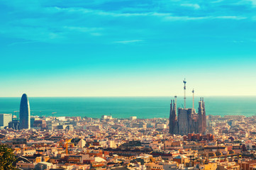 Photo sur Aluminium Barcelone View above on Barcelona landmark from Montjuic hill