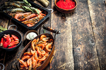 Fototapete - Seafood with spices.