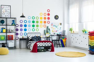 Kid room with dots pattern