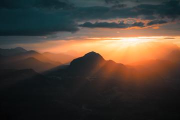 Sonnenaufgang in Bayerns Bergen