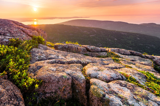 Sunrise view from the top of Cadillac Mountain. Acadia National Park