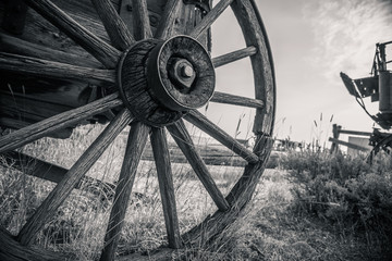 Old Vintage Antique Wagon Wheel