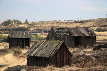Old Shacks near the Columbia River