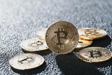 Bitcoin 金貨 仮想通貨
