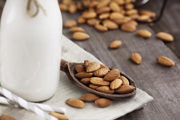 Almonds with Almond Milk