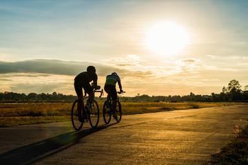 Slats personalizados esportes com sua foto Silhouette man cycling at sunset