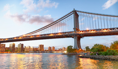 Brooklyn Bridge Park at sunset with Manhattan Bridge