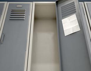 Shool Locker With Blank Note