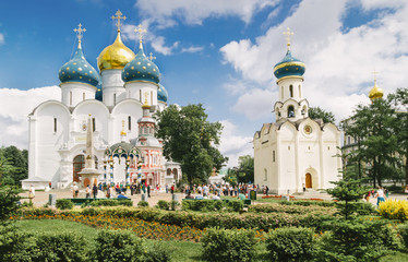 Photo sur Aluminium Edifice religieux Church in Sergiyev posad monastery Russia