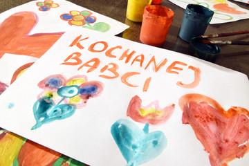 Praca plastyczna wykonana przez wnuczka z okazji Dnia Babci i Dziadka