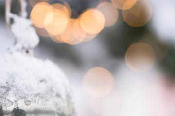 Weihnachtliches Sonniges Motiv mit Schnee