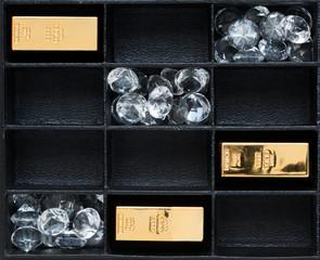 Diamanten und Gold