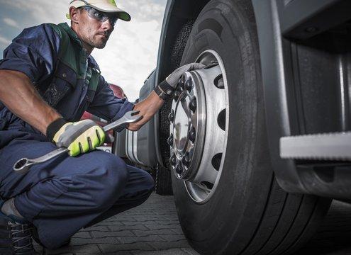 Semi Truck Wheel Maintenance