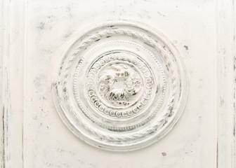 Biały vintage Relief na suficie - 188092925