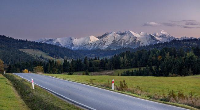 Tatry po zachodzie słońca - Trybsz