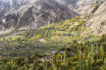 The Hunza is a mountainous valley in the Gilgit-Baltistan region of Pakistan. The Hunza is situated in the extreme northern part of Pakistan.