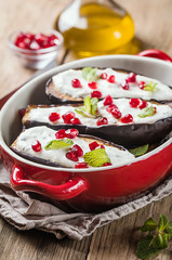 Grilled eggplants with sauce