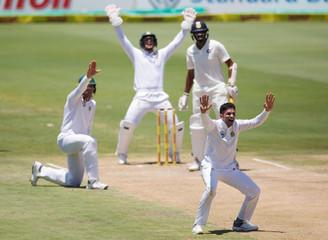 Cricket - India v South Africa - Second Test match - Centurion Stadium, Pretoria, South Africa