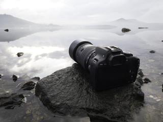 SLR fotoğraf makinesi