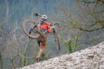 ciclocross competición barro 4M0A4621-f18