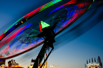 Tilted carnival ride