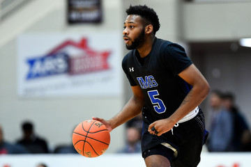 Basketball: Spalding Hoophall Classic