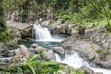 Cascade, chute d'eau, Grand Galet, Ile de La Réunion, Canyoning Papier Peint