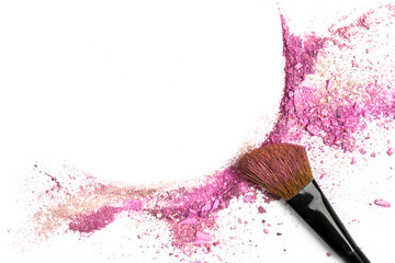 Powder and blush forming frame, with makeup brush