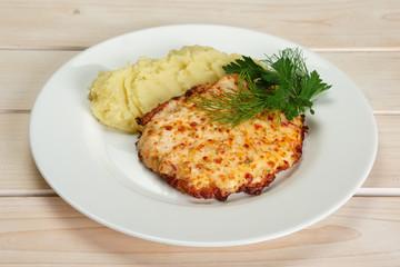 Roasted meat with mashed potato