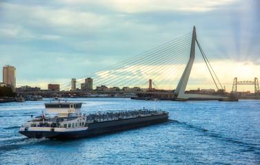 Photo sur Aluminium Rotterdam Dutch cargo ship in Rotterdam