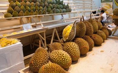 Durian frucht auf einem markt in hong kong