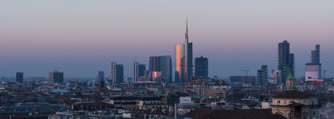 Keuken foto achterwand Milan Milan cityscape at sunset, large panoramic view with new skyscrapers of Porta Nuova district.