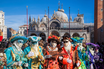 Foto op Plexiglas Venetie Colorful carnival masks at a traditional festival in Venice, Italy
