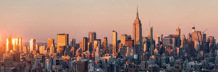 Fotomurales - New York Skyline bei Sonnenuntergang mit Empire State Building, USA