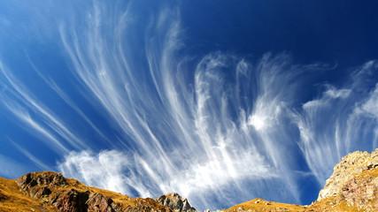 Nuvole e angeli nel cielo