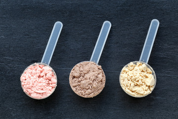 Scoops with protein powder