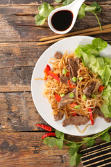 fried noodles with beef and vegetable