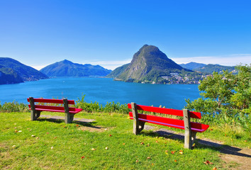 Luganersee und Monte San Salvatore, Schweiz - Lake Lugano and Monte San Salvatore