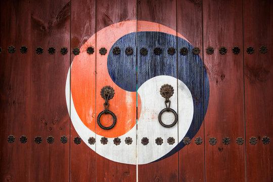 The korea traditinal door