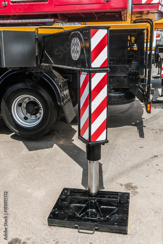 hydraulic outriggers of the crane installed on the truck