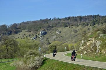Wall Mural - Motorradfahrer im Altmühltal