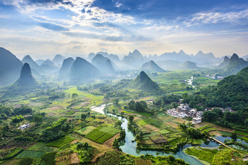 Zelfklevend Fotobehang Guilin Landscape of Guilin, Li River and Karst mountains. Located near Yangshuo, Guilin, Guangxi, China.