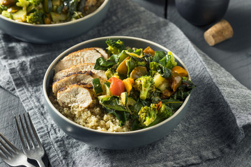 Healthy Chicken and Quinoa Bowl