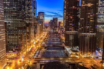 Fototapete - Chicago downtown evening skyline