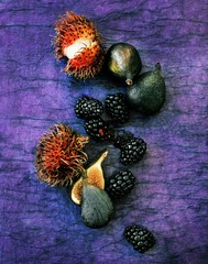 Blackberries and figs