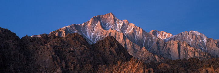 Poster Mountains Panorama of Glowing Lone Pine Peak Sunrise, Alabama Hills, Lone Pine, California